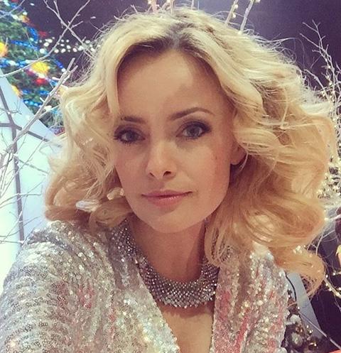 Елена Максимова ответила на оскорбление экс-возлюбленного
