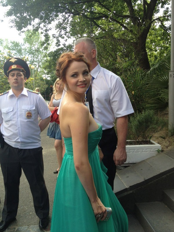 Екатерина Вуличенко первой ступила на ковровую дорожку