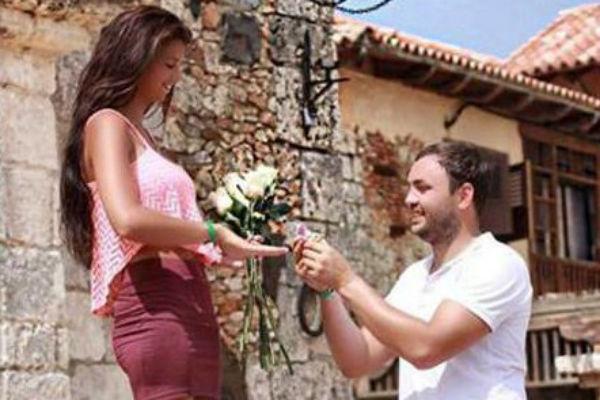 Александр Гобозов сделал Алиане предложение руки и сердца прямо на отдыхе