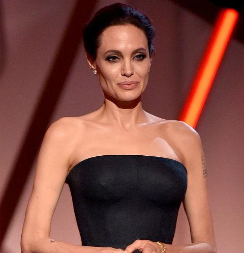 Анджелине Джоли приписывают роман с миллиардером | StarHit.ru анджелина джоли сейчас