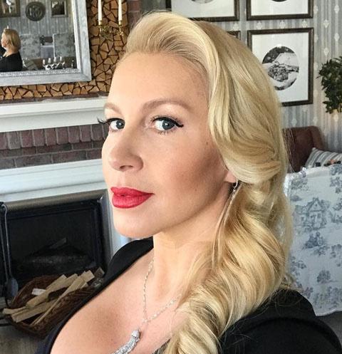 Екатерина Одинцова стала свахой умудренного жизнью миллионера