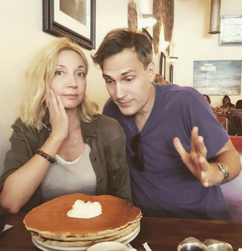 Кристина Орбакайте и Михаил Земцов едят американские блины