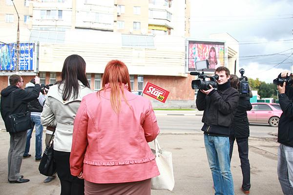 Видеобращение к девушке записала Оксана Федорова