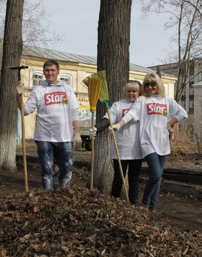 В Перми во время субботника был собран КАМАЗ мусора