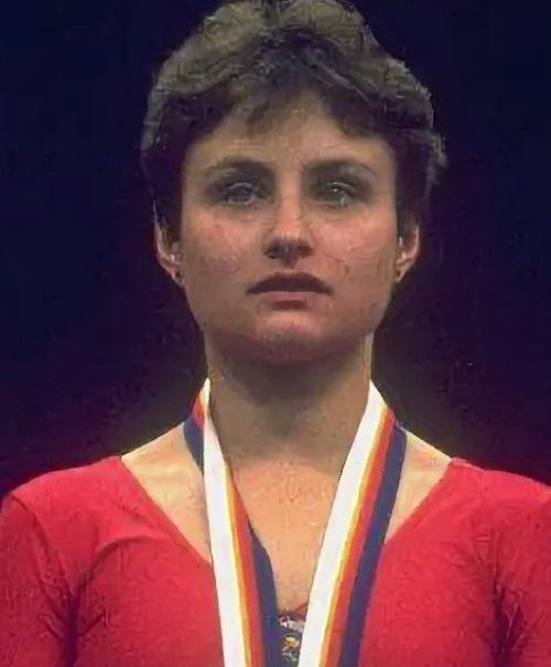 В 1988 году Елена выиграла золотую медаль на Олимпиаде в Сеуле
