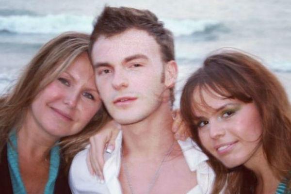 Жена Владимира Шаинского с младшими детьми композитора