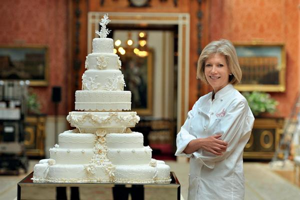 Кейт и Уильям сохранили три верхних яруса торта, изготовленного компанией Фионы Кернс