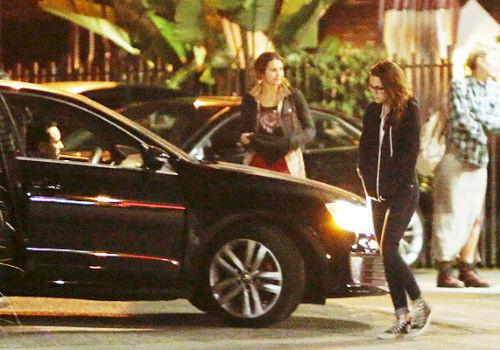 Точно такую же Acura водит Руперт. Да и сам водитель очень похож на режиссера
