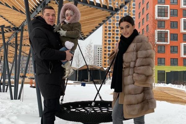 Ксения Бородина и Курбан Омаров стараются проводить больше времени с детьми