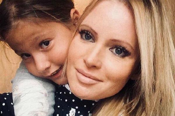 Дана Борисова много времени проводит с дочерью