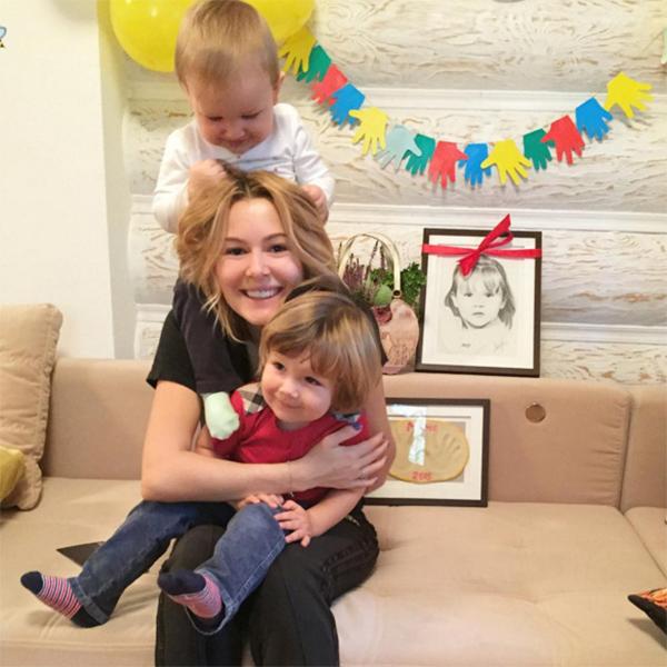 Мария Кожевникова совсем недавно перестала скрывать лица сыновей