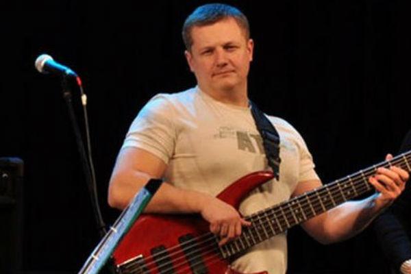 Бас-гитарист группы «Любэ» Павел Усанов перенес операцию