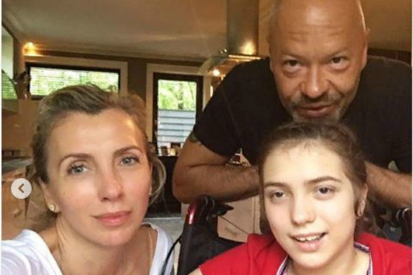 Федор и Светлана Бондарчук с дочкой