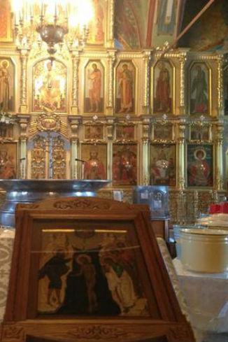 Утром 18 января Олег Газманов уже успел сходить в храм за святой водой