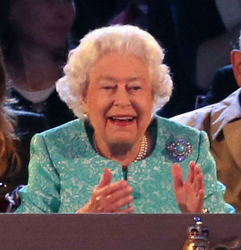 Елизавета II на шоу в Виндзорском замке