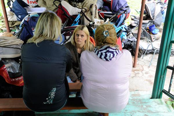 Рита из Константиновки (слева) и Люба из Свердловска (справа) рассказали корреспонденту «СтарХита», как уезжали в никуда