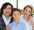Вдова Батырхана Шукенова не получает авторские гонорары за его песни