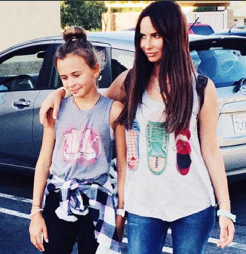 Саша Зверева с дочкой Василисой