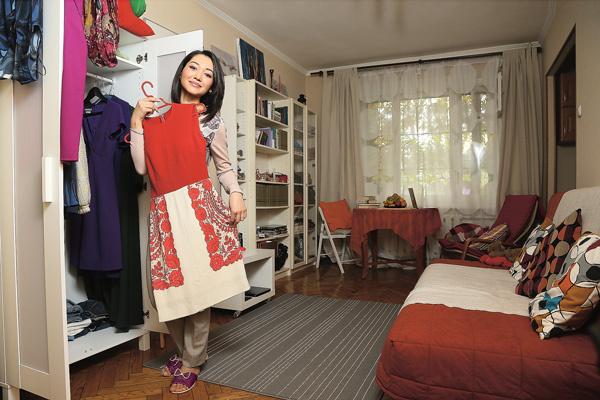 Как и любой девушке, Файзиевой мало места для хранения вещей, поэтому недавно она купила второй шкаф
