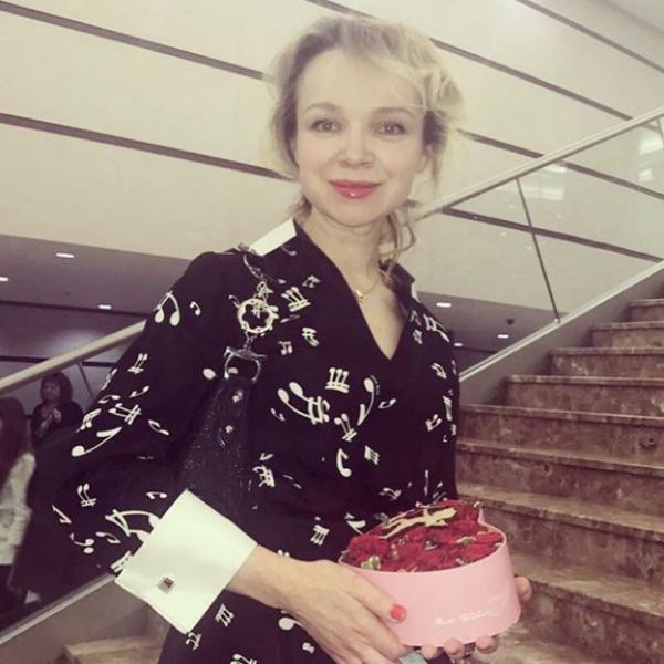 Виталина мечтала стать женой Джигарханяна с 16-летнего возраста