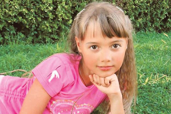 Почти три года Наташа страдает медуллобластомой