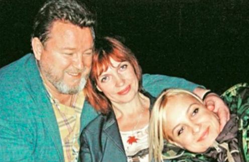 Евдокимов с семьей - женой Галиной и дочкой Анной