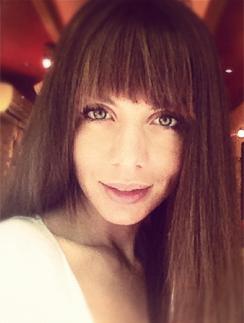 Сексапильная Анна Седокова оголяется на фото и видео
