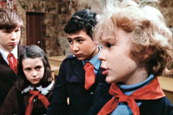 Впервые на экранах Оксана Фандера появилась в роли школьницы в телефильме «Приключения Электроника», 1980 год