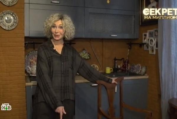 Татьяна Васильева в своей квартире на Таганке