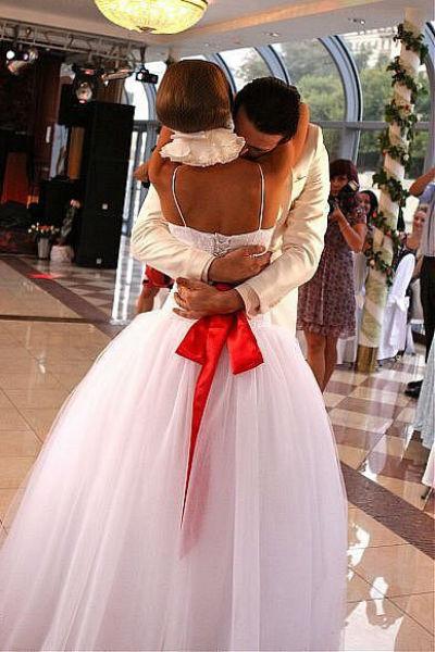 Свадьба певицы была волшебной