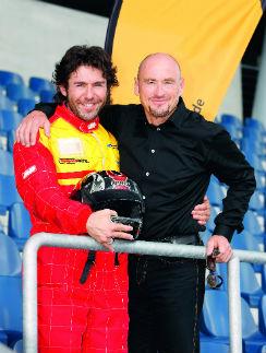 Я с фанатом гонок F1 Йоханом Швейцером
