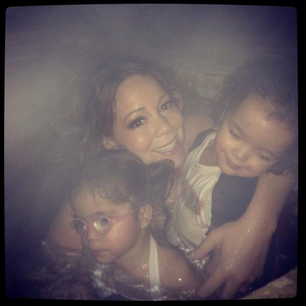 Мэрайя Кэри с детьми: Монро и Морокканом