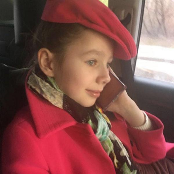 Дочка Юлии Началовой Вера приедет к маме в Америку только летом