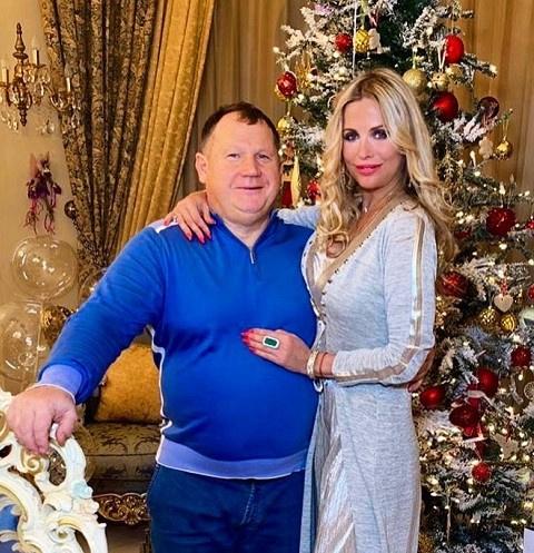 Депутат Владимир Плотников с супругой Еленой