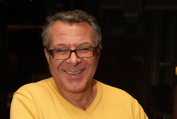 Андрей Ургант не прекратил работу в театре, несмотря на травму