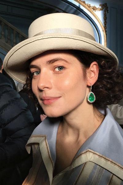 Юлия Снигирь на съемках сериала «Хождение по мукам»