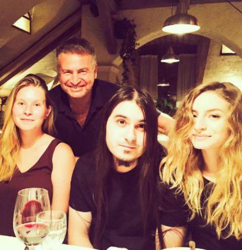 Леонид Агутин с дочерьми Лизой и Полиной