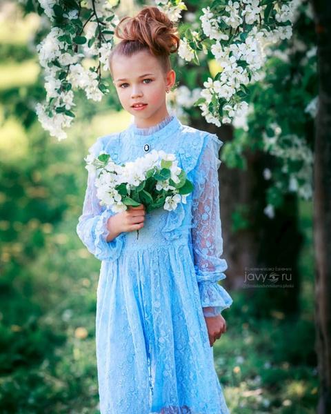 Пользователи Сети отметили, что девочка похожа на знаменитого отца