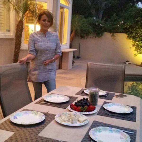 По случаю приезду Веры в Лос-Анджелес состоялся семейный ужин