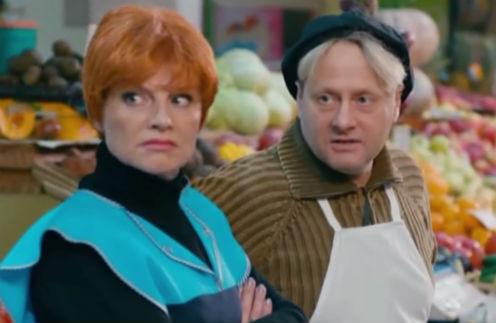 Особенно меня повеселил цвет волос Радзюкевича (на фото с Галиной Даниловой)