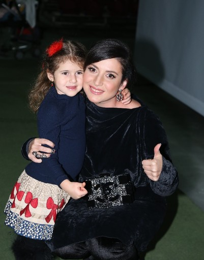 Певица Жасмин с дочерью Маргаритой