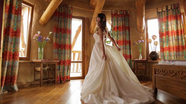 В финальной серии Галя примерила свадебное платье