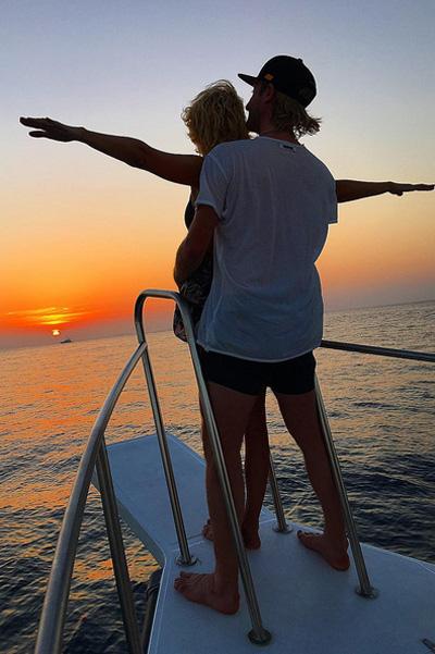 Супруги устроили себе по-настоящему райский отдых