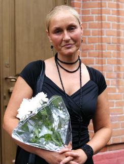 Ольга Шукшина хочет продать долю в квартире матери