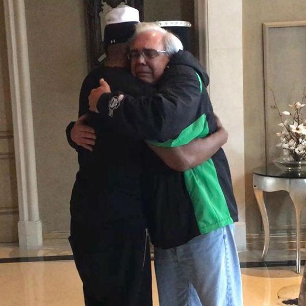 Встреча актера и отца спасенного мужчины была эмоциональной