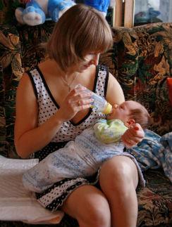 Через месяц после рождения Андрея, от которого отказались генетические родители, Зинаида почувствовала – он ей родной