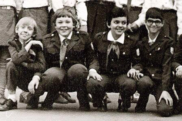 Филю вместе с закадычными друзьями часто выгоняли с уроков за «разговоры», 1977 год