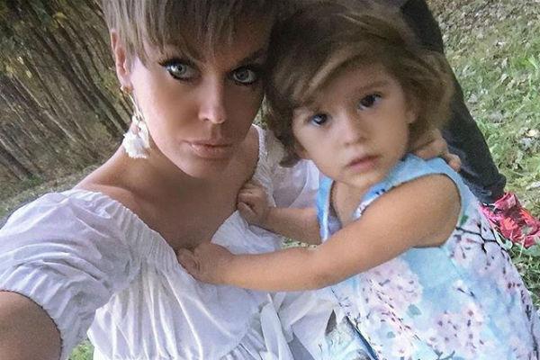 Татьяна с дочерью Арис