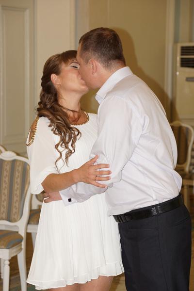 Пара планирует венчание - оно намечено на середину августа