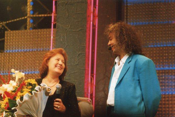 Филипп Киркоров называет Эмму Лавринович «моя вторая мама»